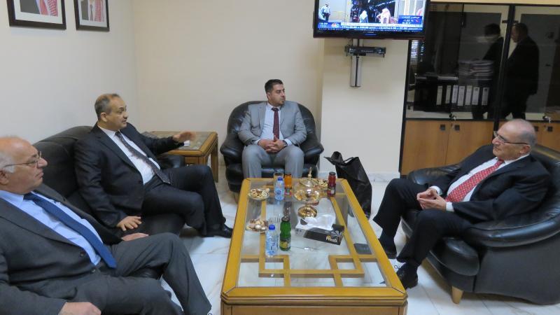 رئيس هيئة الأوراق المالية العراقية يزور بورصة عمان بورصة عمان